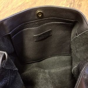dd6bd357649f Michael Kors Bags -  SALE Michael Kors Ashbury Lg Venus Hobo Bag Black